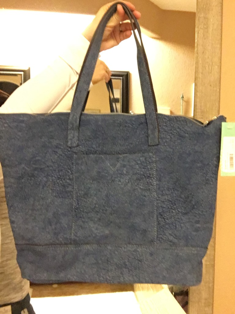 Street Level Textured Tote