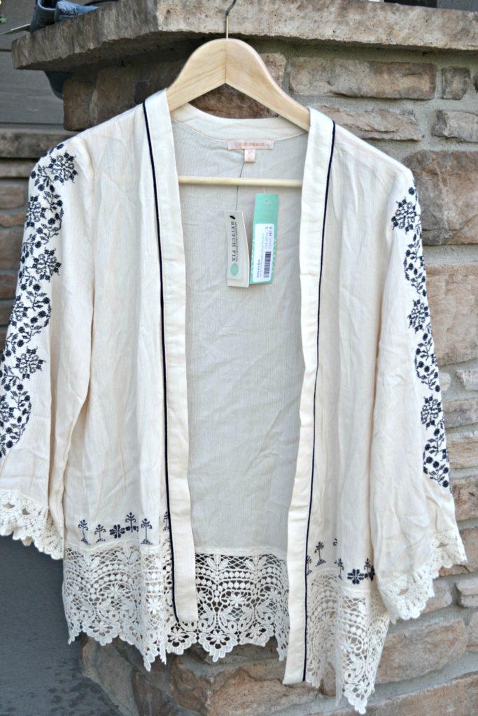Jarren Embroidery Detail Kimono